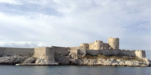 『モンテ・クリスト伯』の舞台・イフ島