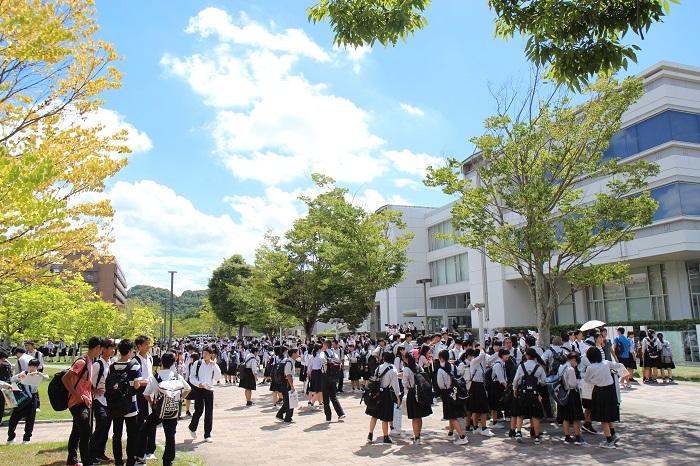 広島大学オープンキャンパス2018を開催しました | 広島大学