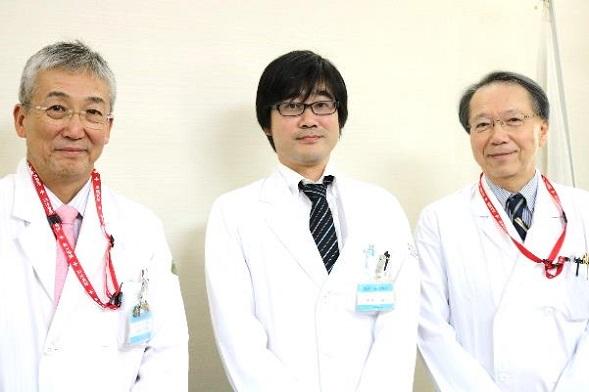 木内病院長、岸川講師、田妻診療科長(左から)