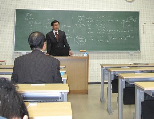 松村教授 講演
