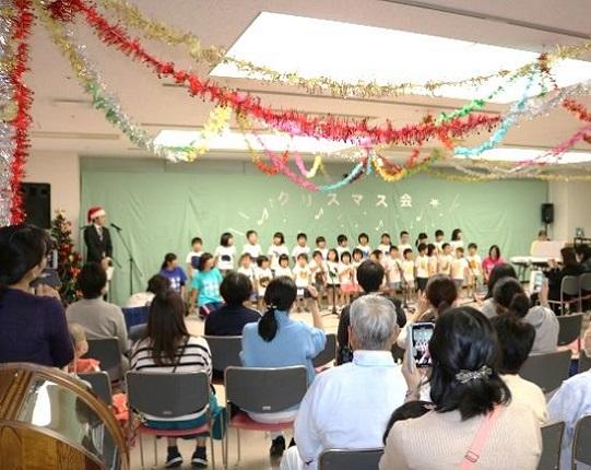たんぽぽ保育園の園児による合唱
