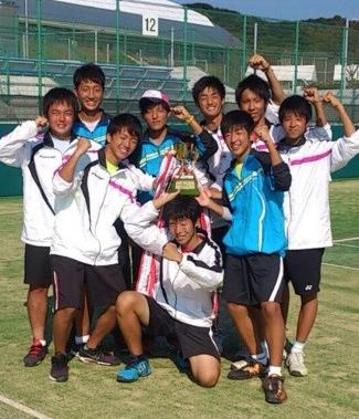 高中的网球部时代