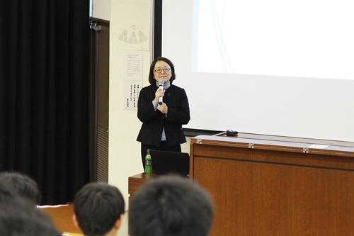 横山教授の講演