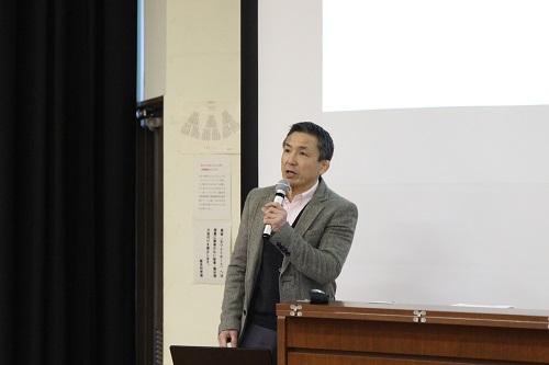 出口教授の講演
