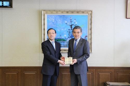 President Ye and President Ochi