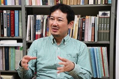 研究成果を語る舩田准教授