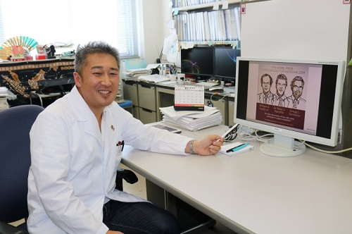 ノーベル生理学・医学賞を受賞した3人について語る谷本講師