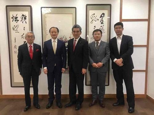 越智校长一行访问中国驻东京大使馆科技处