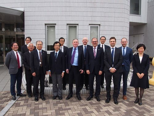 Deputy Vice-Chancellor and Other Delegates from Three Universities in UK Visits HU