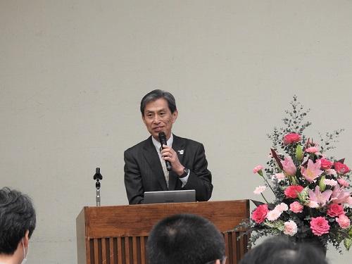 宮谷理事・副学長による開会の挨拶