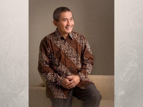 Dr. Achmad Jazidie