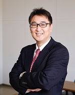 理事・副学長 (グローバル化担当)