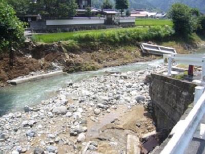 2009.8.9豪雨による流橋