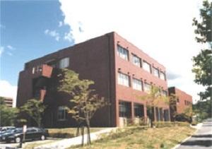 情報メディア教育研究センター外観