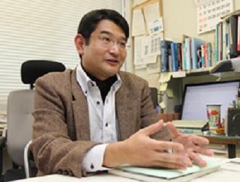 「広島大学から『かわいい』を世界に発信していく」と語る入戸野准教授 画像