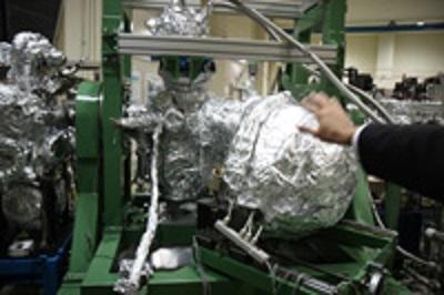 放射光科学研究センター内の実験装置