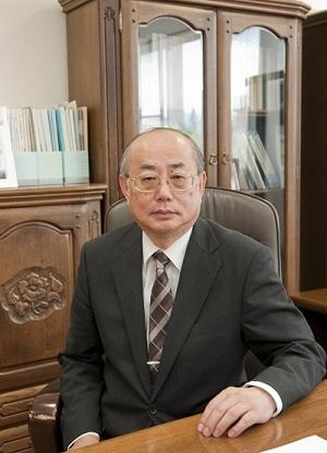 総合科学研究科長 岩永 誠
