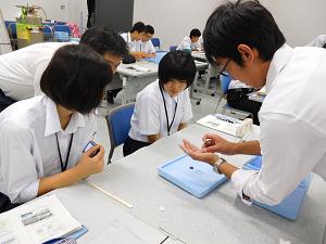 鳥取東高校1年生自然科学実験セミナー