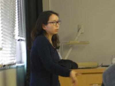 講演会内容について日本語による丁寧な解説を行ってくれた金貞蘭さん