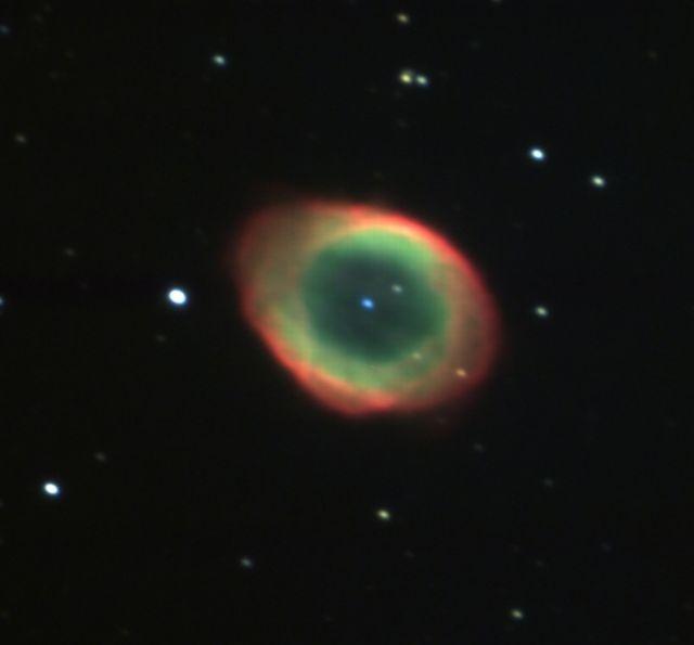 M57 (こと座 リング星雲; 惑星状星雲)