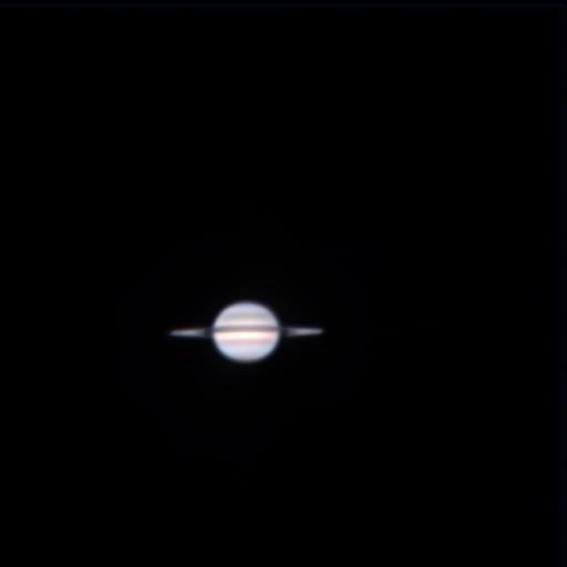 土星 (2009年高速カメラにて撮影後、三色合成)