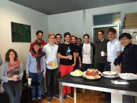 スイスで所属した研究室の皆さんと(右から二人目がWendelinJ.Stark先生)
