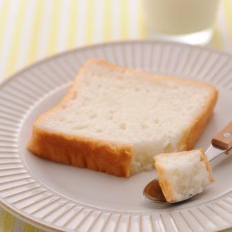 写真 商品「らくらく食パン」