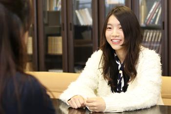 「すごく悩んだけれど、家族にも背中を押してもらって受験を決めた」と当時を振り返る水津さん
