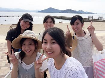 言語コミュニケーションの友人たちと行った水尻の海