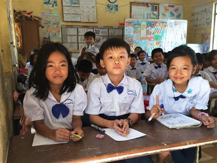 カンボジアでの教育支援