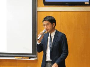 Chiang先生講演司会・通訳の平山真講師