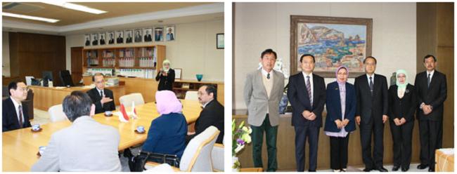 左:学長を表敬訪問 右:学長と記念撮影