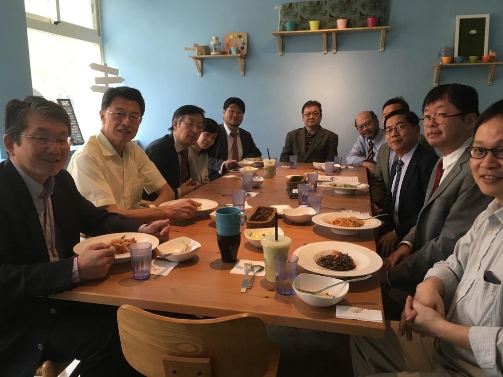 政治大学社会科学学院の皆様との昼食会
