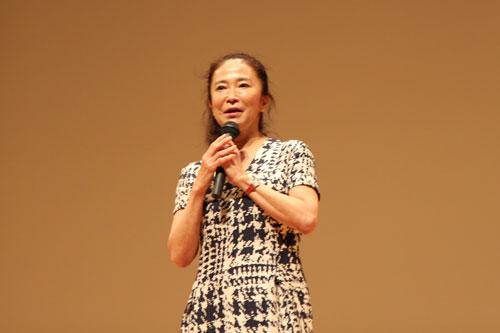オペラ歌手の中丸三千繪氏が講演しました